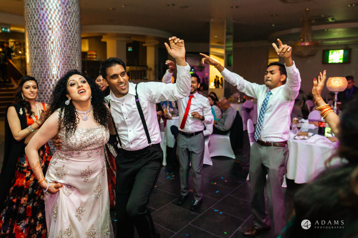 Hindu Wedding Premier Banqueting London Photos | Devina & Aakash 64
