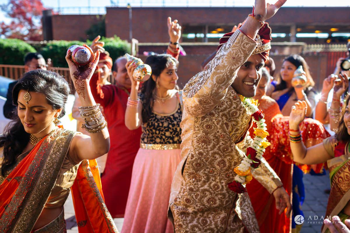 Hindu Wedding Premier Banqueting London Photos | Devina & Aakash 8
