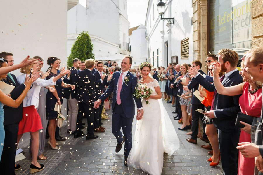 destination wedding photography confetti shot