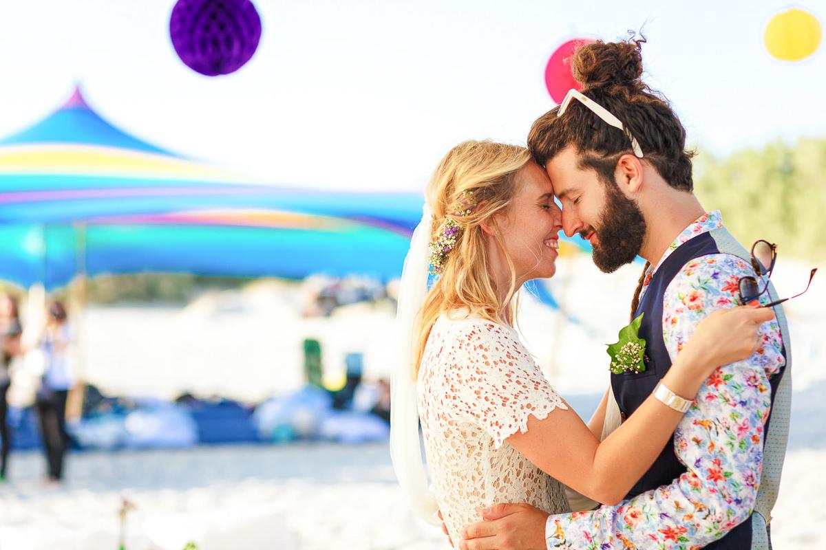 jewish wedding photography couple hugs each other