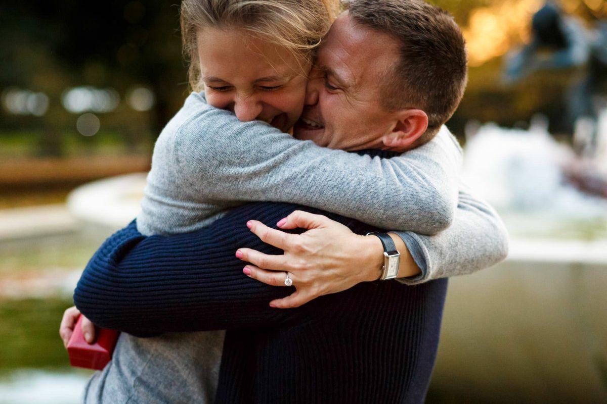 Real Engagement Photos London Hyde Park Couuple Hugging