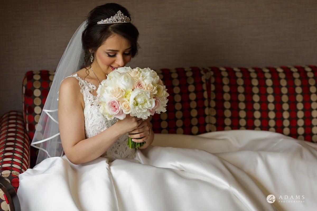 pinewood studios wedding bride holding bouquet