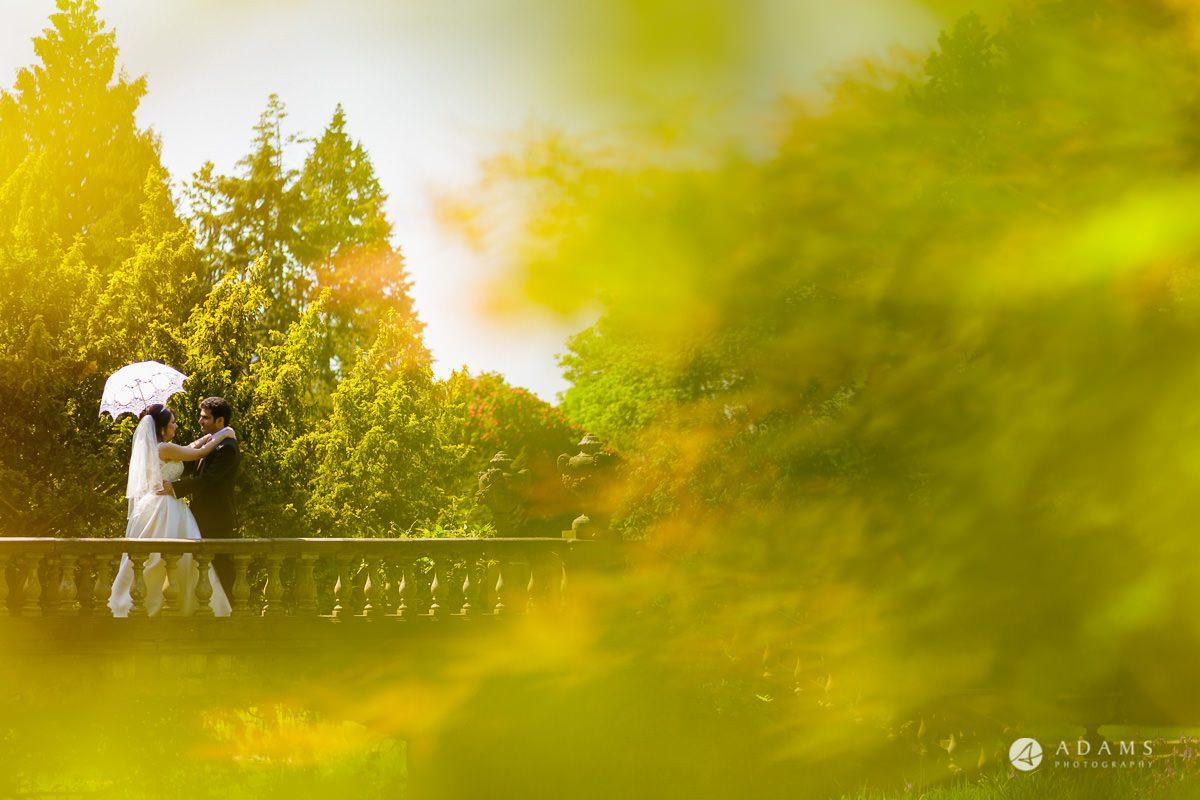 pinewood studios wedding bride and groom on the bridge