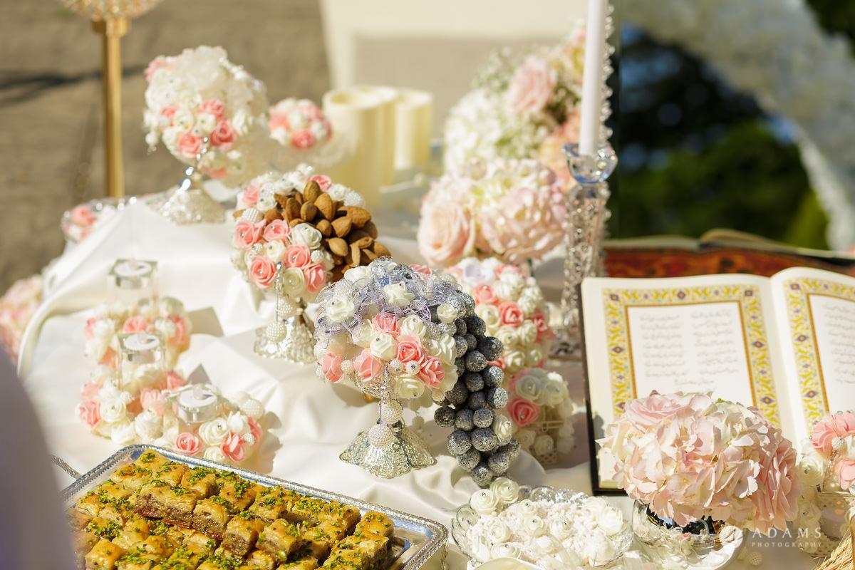 pinewood studios wedding ceremony table