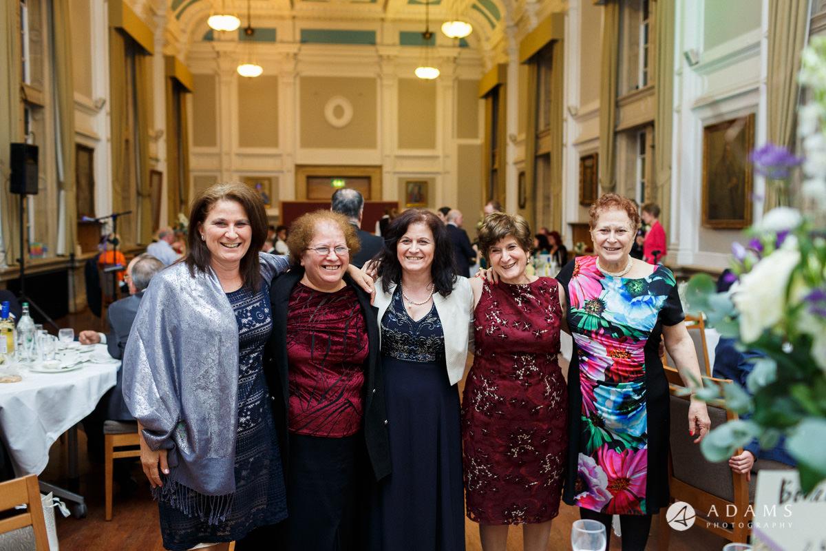 royal holloway wedding photography of 5 sister