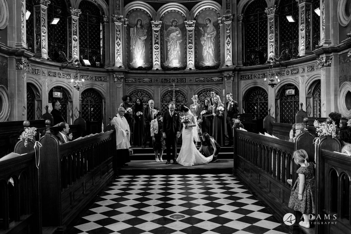 royal holloway wedding marries couple in the chapel