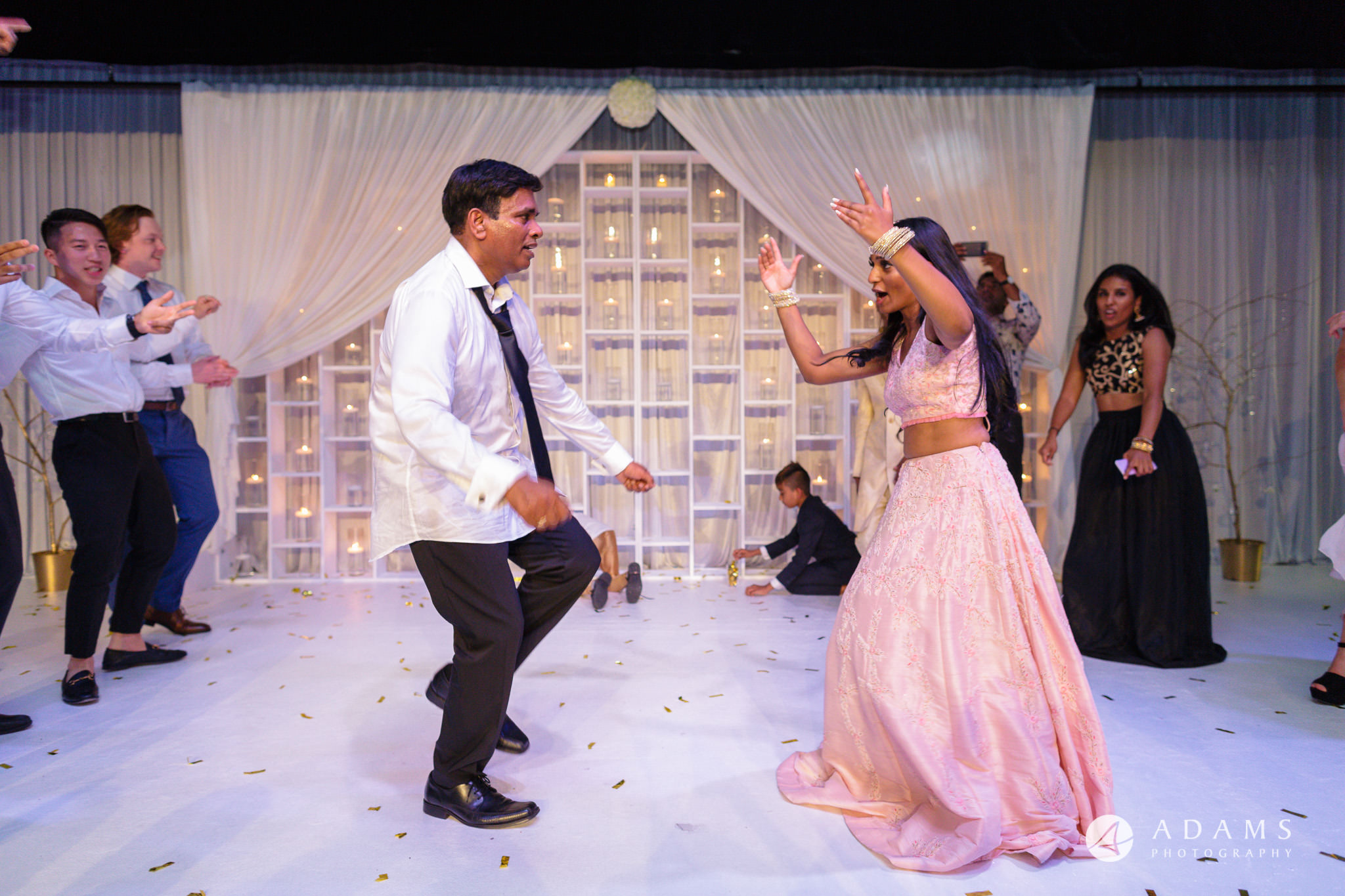Oslo Wedding Photo fatehr and bride dance together