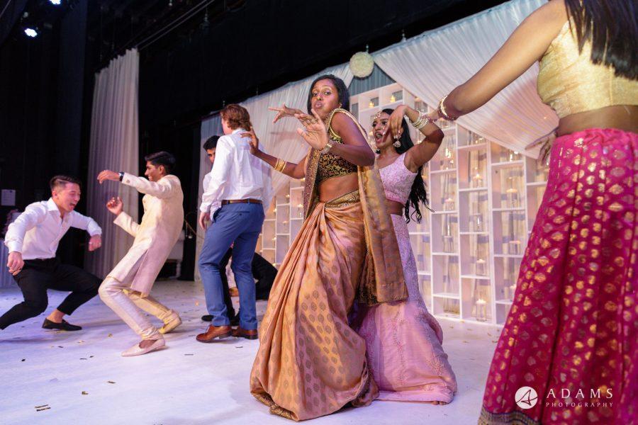 Oslo Wedding Photo stage dance