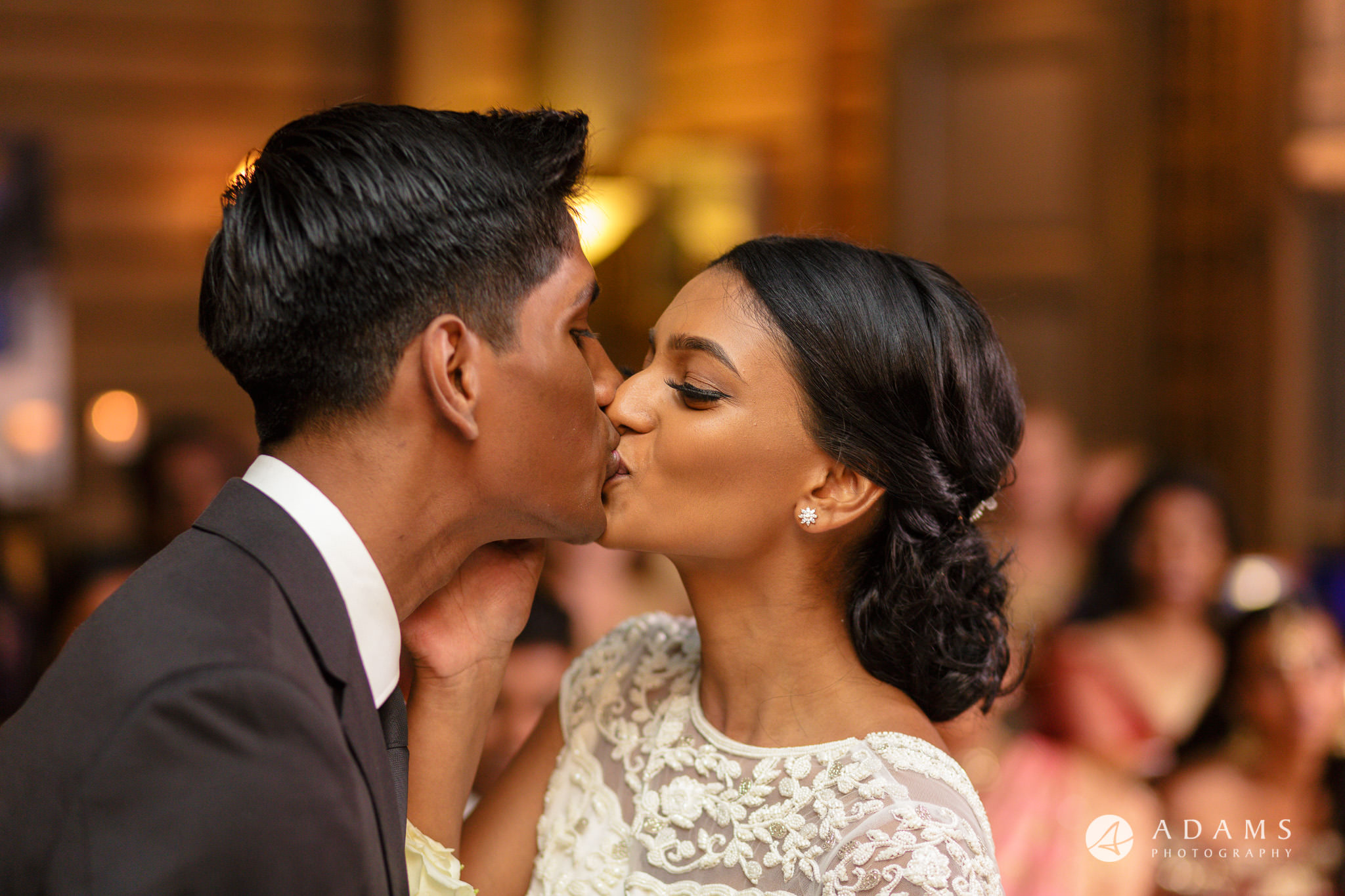 Oslo Wedding first kiss