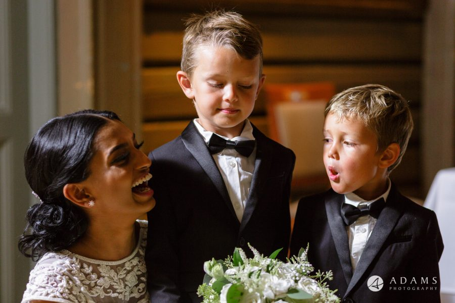 Oslo Wedding Photography kids smile and laugh