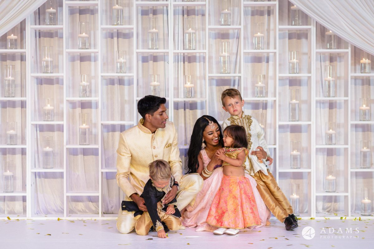 Oslo Tamil Wedding married couple with kids on the stage