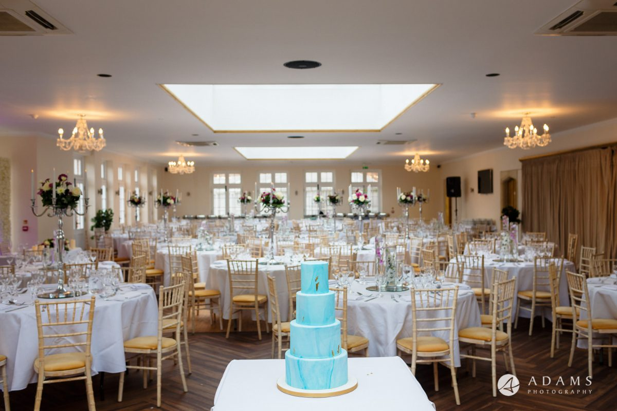 walled garden orchardleigh wedding cake