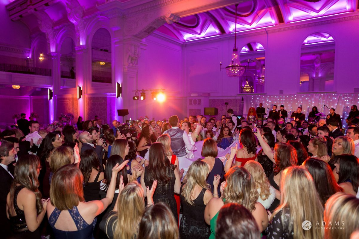De Vere grand connaught rooms photographer all guests dance hora