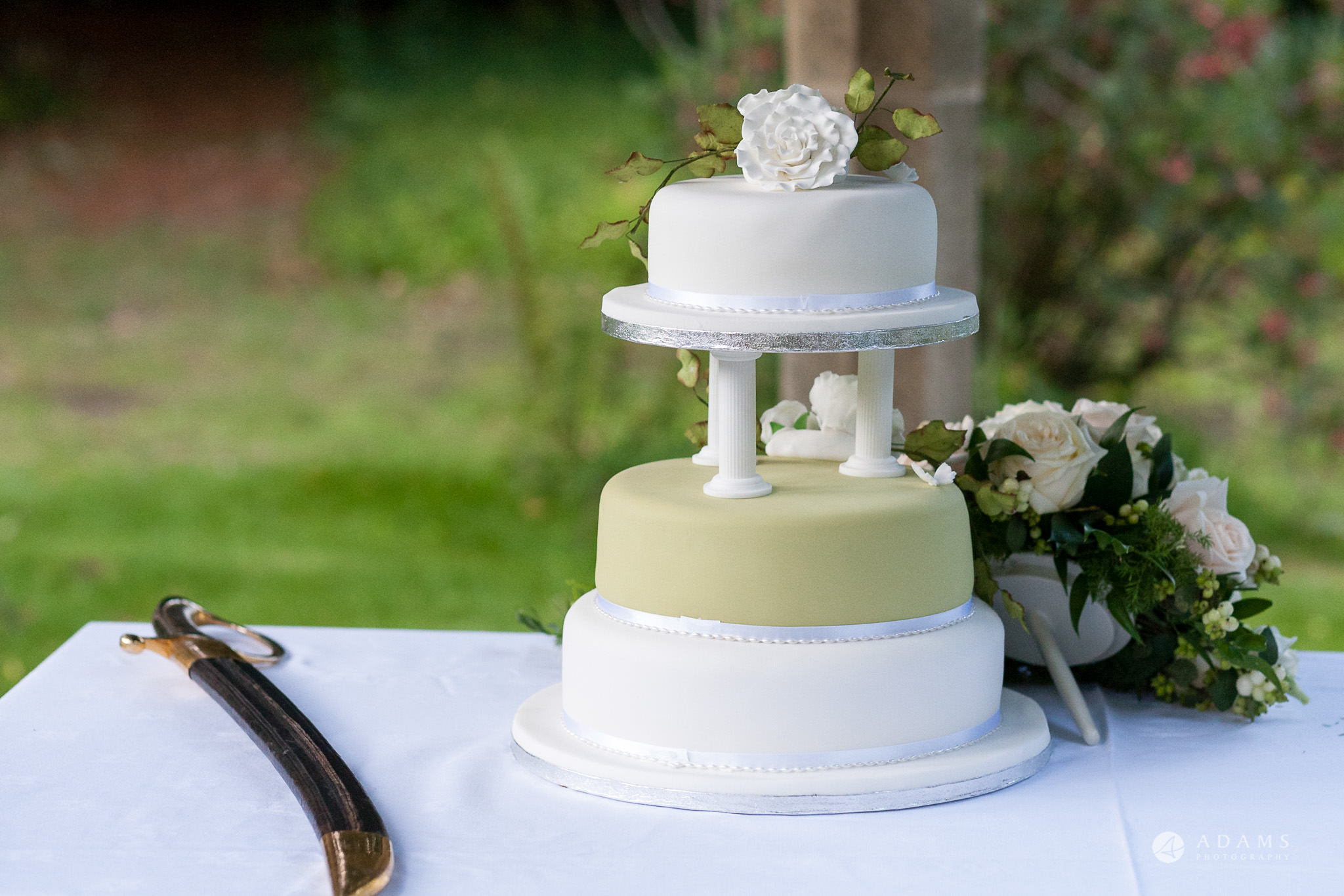 Kingston Bagpuize House wedding cake