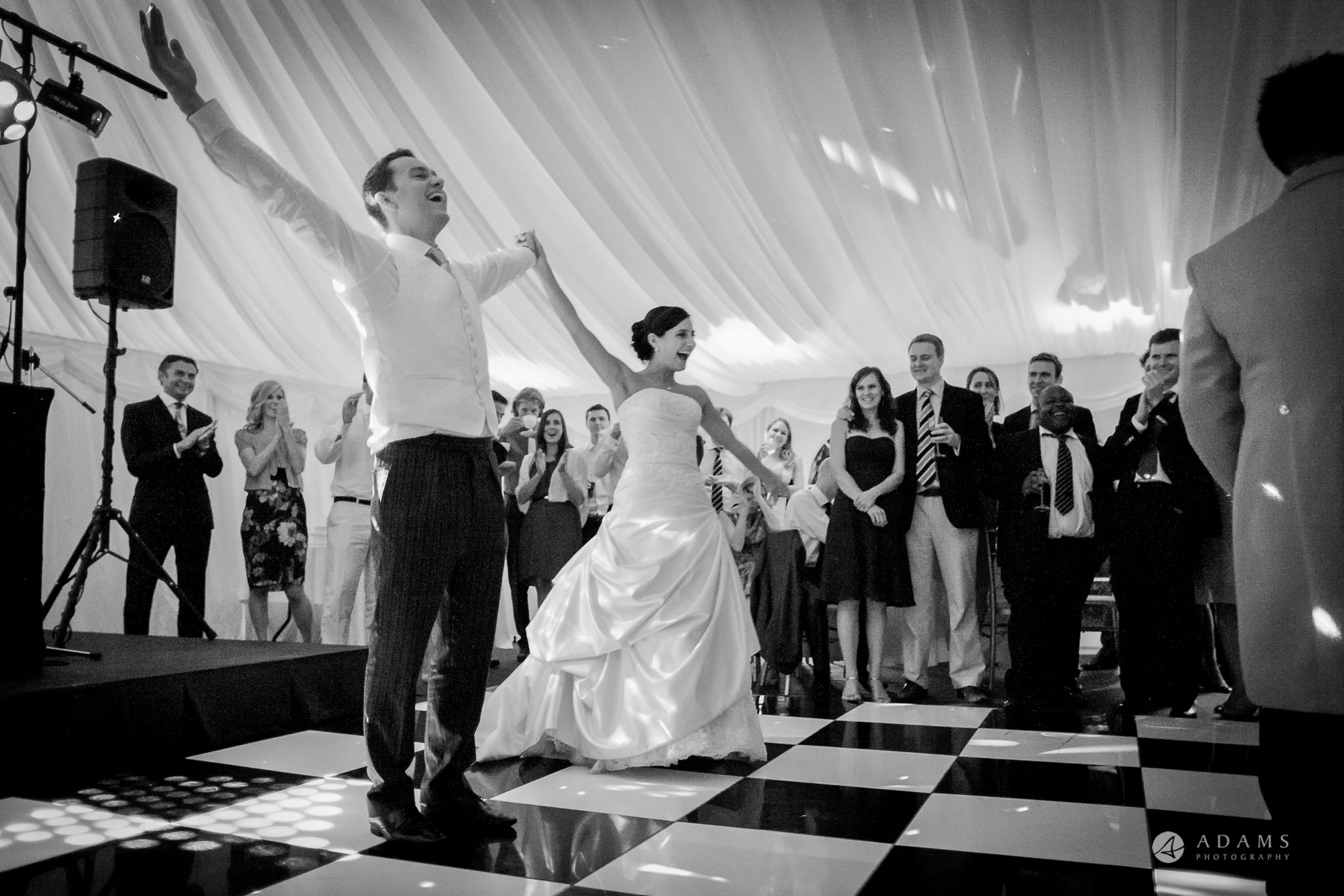 Kingston Bagpuize House wedding dance