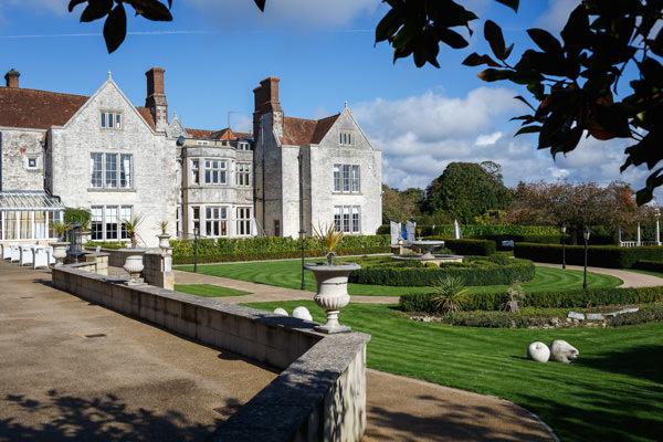 Hampshire wedding photographer Wedding Venue Froyle park