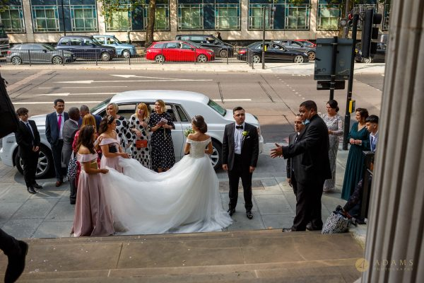 Wedding guests arrival